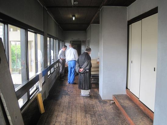 回廊改修工事